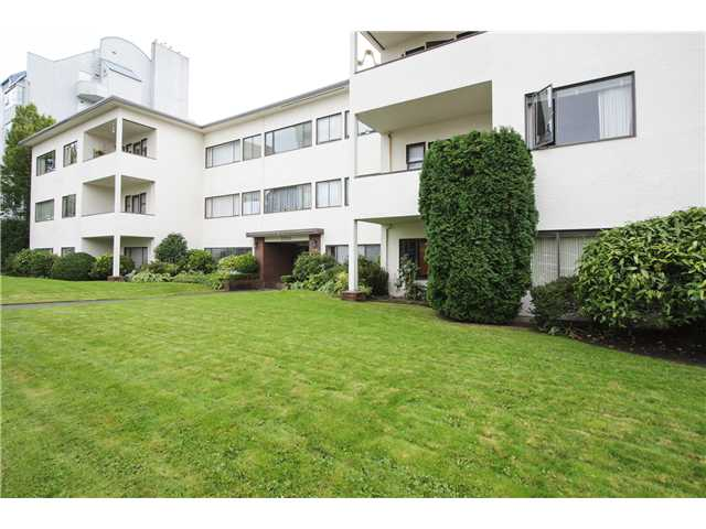 # 204 2250 W 43RD AV - Kerrisdale Apartment/Condo for sale, 2 Bedrooms (V1088786)